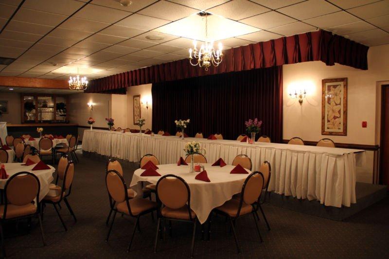 Banquet Hall 07